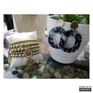 Fashion Bracelet Earring Set..